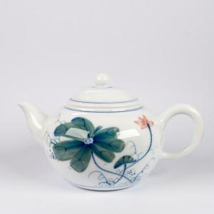 Fen Cai lotus teapot