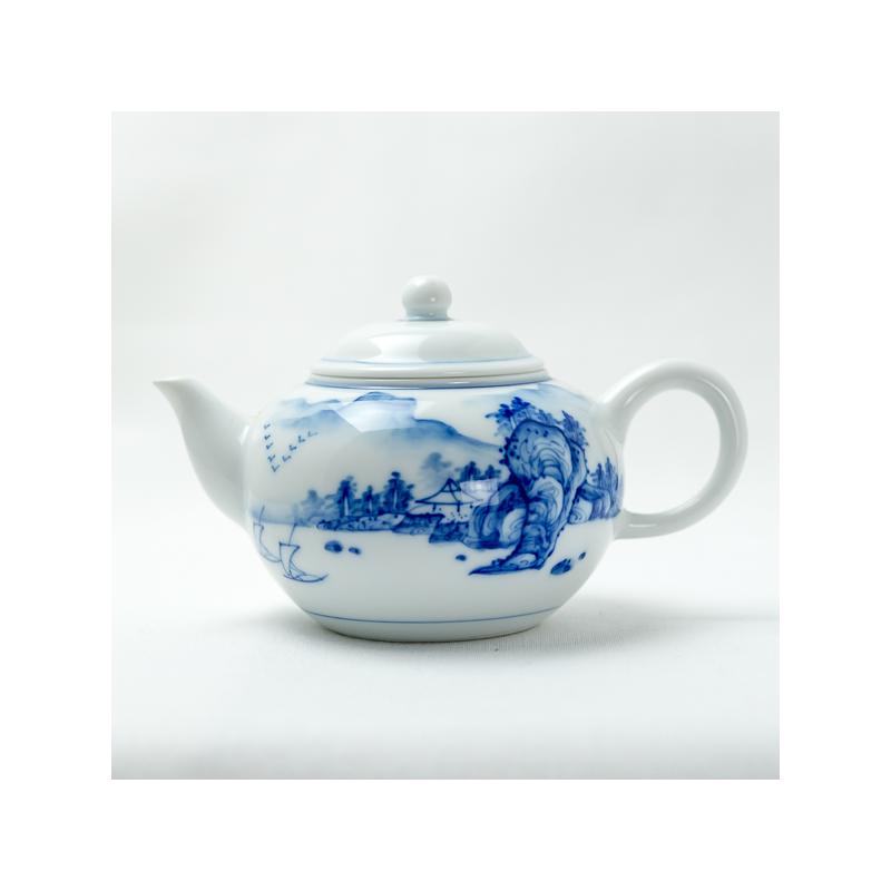 Théière en porcelaine qinghua au motif de paysage