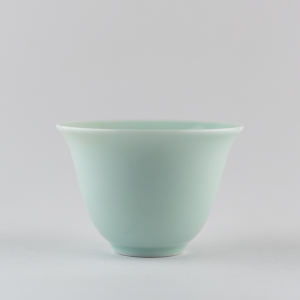 Light celadon 'flower' cup