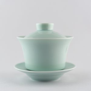 Light celadon gaiwan tall