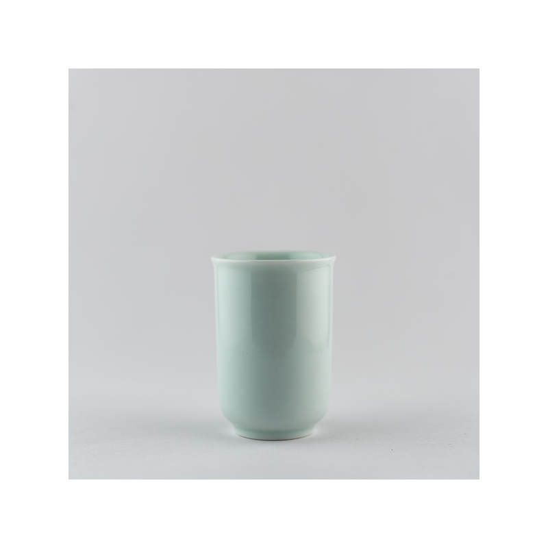 Light celadon scenting cup