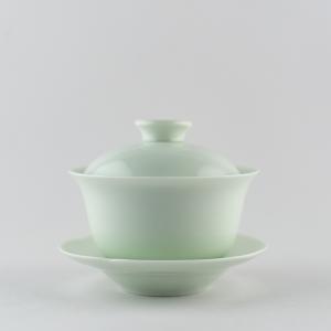 Mini gaiwan en porcelaine céladon clair